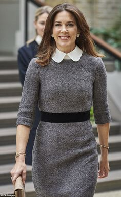 It may have been selfies on the slopes recently, but it was back to business for Princess Mary this week. The Australian-born Royal presented a Research Award and attended a business conference. Princesa Mary, Prince Héritier, Denmark Fashion, Style Royal, Princess Marie Of Denmark, Business Outfits Women, Sixties Fashion, Gothic Fashion, Pencil Skirt Black