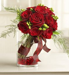 Sweetest Love Bouquet Floral Arrangement for Valentine's Day Valentine's Day Flower Arrangements, Rosen Arrangements, Flower Centerpieces, Flower Decorations, Floral Bouquets, Wedding Bouquets, Amazing Flowers, Beautiful Flowers, Flowers For Everyone
