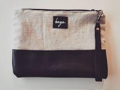 VENDIDO. Bolso de mano. Cuero y lona. Vendido! . Síguenos en @bagabg Bagan, Shoulder Bag, Fashion, Hands, Leather, Moda, La Mode, Fasion, Fashion Models