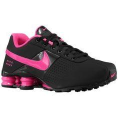 black and hot pink nike shox