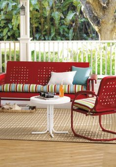 Metal furniture is a quick way to give your patio a retro vibe.