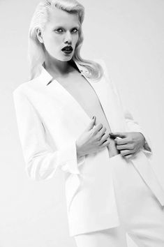 9f2e513575 100 All-White Photoshoots - From Leggy Lace Editorials to Talcum-Tossing  Fashion Photography