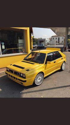 Lancia Maserati, E30, Moto Cafe, Hatchback Cars, Lancia Delta, Sweet Cars, Rally Car, Police Cars, Amazing Cars