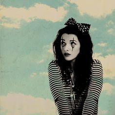 Cute Mime...This will be one of my costumes this Halloween for sure!!!