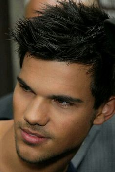 07871 Hairstyles Pictures – Freshly Short Spiky Hairstyles with Faux Hawk Style for Young Men from Taylor Lautner Mens Hairstyles 2014, Faux Hawk Hairstyles, Short Spiky Hairstyles, Best Short Haircuts, Haircuts For Men, Short Hair Cuts, Straight Hairstyles, Taylor Lautner, Stylish Beards