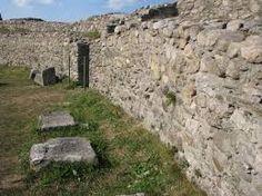 sarmizegetusa dacica THE RUINES - Google Search History Of Romania, Mount Rushmore, Mountains, Google Search, Nature, Travel, Ruins, Naturaleza, Viajes