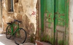 Why is rustic so very cool?  And why doesn't my bike match my front door?