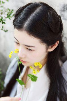 Xin Yuan Zhang - long hair - half-up