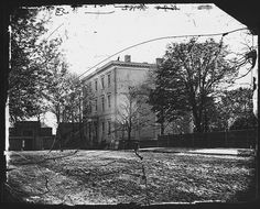 Honorable Jefferson Davis House at Richmond, Virginia. by The U.S. National Archives (Mathew Brady)