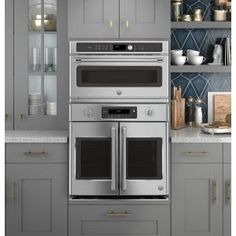 Kitchen Remodel Discover Cafe 30 in. Single Electric Convection Wall Oven with Built-In Microwave in Stainless - The Home Depot French Door Oven, Kitchen Remodel, Microwave Convection Oven, New Kitchen, Kitchen Appliances, Wall Oven Kitchen, Kitchen Layout, Kitchen Renovation, Built In Microwave