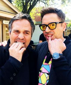 Mark Ruffalo and Robert Downey Jr. Science Bros. ♥...