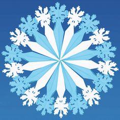 Decoratie sneeuwvlok. Een prachtige en grote decoratie sneeuwvlok. Leuk om voor…