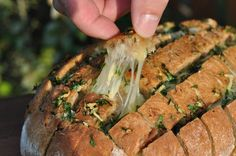 Käse-Zupfbrot - Powered by @BBQpit.de