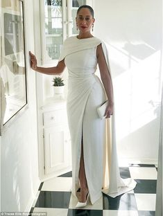 Tracee Ellis Ross rocks a white dress at SAG Awards Elegant Dresses, Formal Dresses, Peplum Prom Dresses, Wedding Dresses, Tracee Ellis Ross, Bridal Outfits, African Dress, Beautiful Gowns, African Fashion