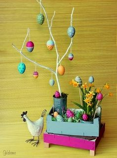 Easter soon Gédane & pretzels Happy Easter, Easter Bunny, Decoration Vitrine, Deco Floral, Art Floral, Online Gifts, Easter Baskets, Hobbies And Crafts, Easter Crafts