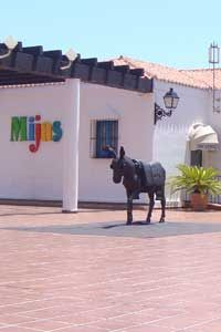 No prizes for guessing where the Tourist Office is! The metal donkey statue was recently erected to commemorate the man who founded the famous burro taxi service. You can have your photo taken while you sit on it but watch out when it's sunny as the metal gets hot!
