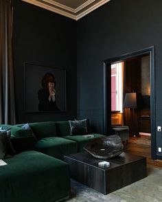 Stunning dark green velvet sofa paired with black walls Living Room Corner Furniture, Living Room Wall Designs, Living Room Sofa, Living Room Decor, Dark Green Living Room, Dark Green Walls, Dark Living Rooms, Black Walls, Velvet Corner Sofa