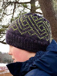 Ngaru Hat by Francoise Danoy, knitted by Christine260 | malabrigo Rios in Lettuce and Pearl Ten