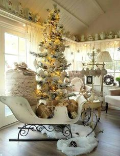 Below are the Shabby Chic Christmas Decoration Ideas. This article about Shabby Chic Christmas Decoration Ideas was posted under the … Indoor Christmas Lights, Outdoor Christmas, Rustic Christmas, Christmas Home, White Christmas, Xmas, Simple Christmas, Shabby Chic Christmas Decorations, Holiday Decor