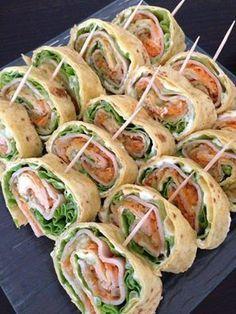 Ingrédients: Pour 16 wraps 5 tortillas 250 g fromage blanc 6 kiri (fromage) 5 grosse feuille de salade 1 carotte 1/2 concombre ...