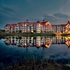 Resort Hotel #iPad #Wallpaper