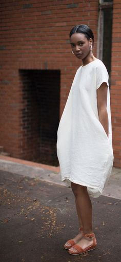 Black Crane Cream Pleated Cocoon Dress & Anne Thomas Chutney Romane Sandal... | Street Fashion