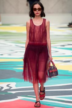 b0b8238b329f Burberry Prorsum Spring 2015 Ready-to-Wear - Collection - Gallery - Look 1