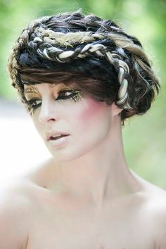 Behind the scenes Greek Hair & Gold Fleck Greek make-up in Paris