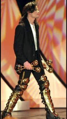 I love him so much, and he has a lot of trophies, man people love him! <3