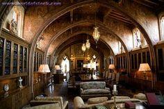 Gathering room before dinners...Google Image Result for http://www.worldofstock.com/slides/AIN1354.jpg