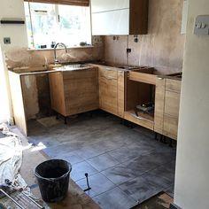 Tiling in progress… #Hanworth #kitchenrefit  (at Hampton Common)