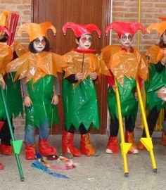 Disfraz de ping ino con bolsas de basura disfraz diy disfraz casero carnaval pinterest - La casa de los disfraces sevilla montesierra ...