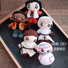 Crochet Rey, BB8, Finn and Poe Demeron - Star Wars: the Force Awaken https://www.facebook.com/OhanaCraft/