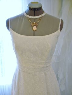 Vintage White Lace and Netting Strapless amd by TheTealDoor, $588.00