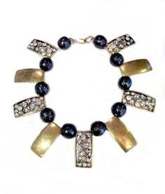 Slab Collar Stylish Jewelry, Art Decor, Jewelry Design, Beaded Bracelets, Bronze, Jewels, Jewerly, Pearl Bracelets, Gemstones