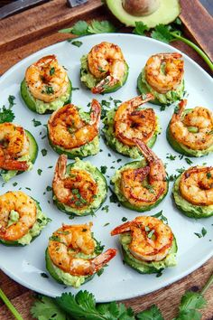 Blackened Shrimp Avocado Cucumber Bites - 42 pieces per tray - Fitness meals - Garnelen Low Carb Recipes, Cooking Recipes, Cheap Recipes, Easy Recipes, Easy Fingerfood Recipes, Light Recipes, Kitchen Recipes, Simple Healthy Recipes, Atkins Recipes