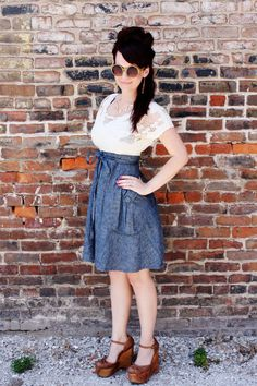 I want this outfit so bad. It's absolutely adorable!