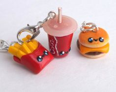 Hamburger Burger Charm - Burger and Fries Best Friends - Stitch Markers - Food Charms - Polymer Clay Food - Burger Fries and Soda Charm Set Fimo Kawaii, Polymer Clay Kawaii, Polymer Clay Charms, Polymer Clay Jewelry, Bff Necklaces, Friendship Necklaces, Cute Keychain, Keychains, Best Friend Jewelry
