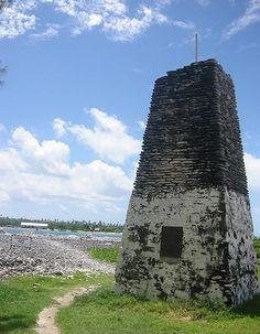 Greig Memorial, Tabuaeran,   photo copyright Beth Poltis; used by permission    Phoenix Islands Lighthouses