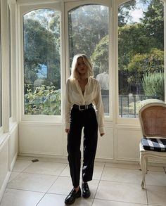 Black Loafers Outfit, Loafers For Women Outfit, Basic Outfits, Cute Casual Outfits, Ootd, Chunky Loafers, Street Style, Fashion Outfits, Work Clothes For Women