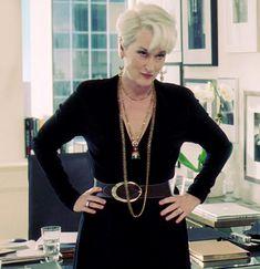 Meryl Streep, Fashion Tv, Womens Fashion, Short Shag Haircuts, Miranda Priestly, Devil Wears Prada, Mature Fashion, Advanced Style, Blazers