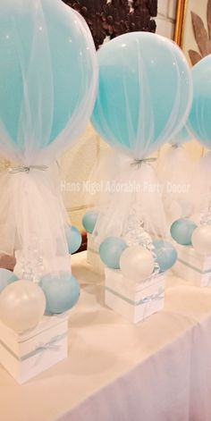 I made them for my preg . I made them for my preg Mini hot air balloon party favors! I made them for my preg - Deco Baby Shower, Baby Shower Crafts, Girl Baby Shower Decorations, Boy Baby Shower Themes, Baby Shower Balloons, Baby Boy Shower, Shower Party, Baby Showers, Boy Decor