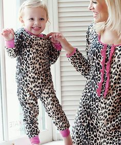 Donna Salyers  Fabulous-Furs Donna Salyer Leopard Pajama Set - Girls. Mommy  And Me ... b6b300bbe
