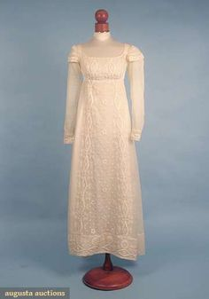 EMBROIDERED MULL GOWN, c. 1815