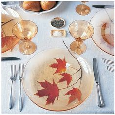 clear plates for beautiful table settings.