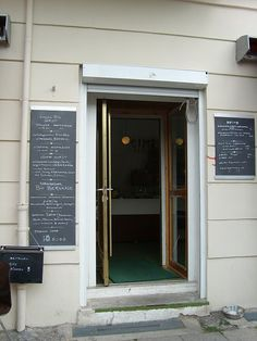 seelower straße 2, 10439 berlin (prenzlauer berg), open mon-fri 8.30-19.00h, sat 10.00-18.00h, sun closed. (via mostlyBerlin)