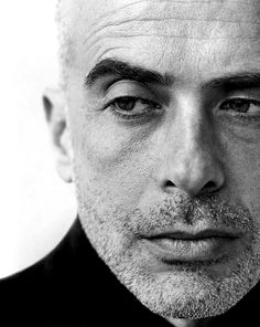 Herb Ritts, Francesco Clemente, New York, 1994 © Herb Ritts Foundation