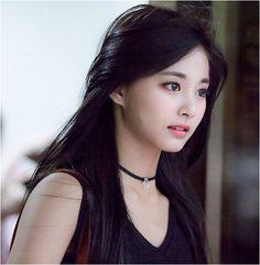 Chou Tzuyu - Twice Kpop Girl Groups, Korean Girl Groups, Kpop Girls, Beautiful Girl Image, Beautiful Asian Women, Beautiful Goddess, Korean Beauty, Asian Beauty, Chou Tzu Yu