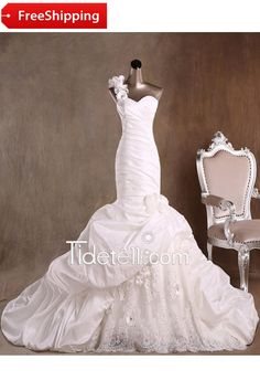 Exquisite Mermaid One Shoulder Long Taffeta Wedding Dress with Lace Flowers