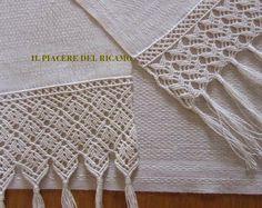 Macrame Art, Macrame Projects, Macrame Knots, Micro Macrame, How To Make Tassels, Making Tassels, Crochet Tools, Macrame Curtain, Textile Fiber Art